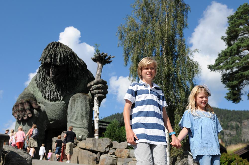 Troll i Hunderfossen -Topp 5 barnevennlige aktiviteter i Gudbrandsdalen