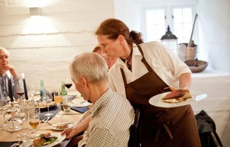Servering i restauranten